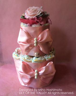 リボン&パールのオムツケーキ