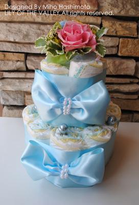 おむつケーキ アイスブルーのリボンケーキ