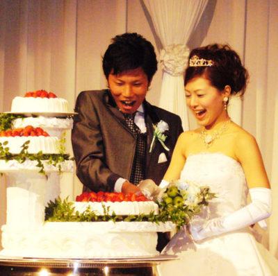 手作りウェディングブーケ ご結婚式のお写真をご送付いただきました。